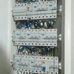 Kompleksowe instalacje elektryczne, alarm, monitoring