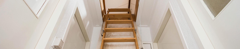 Montaż schodów strychowych w Górze