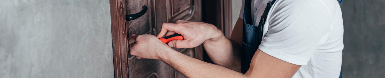 Wymiana zamka w drzwiach Swarzędz