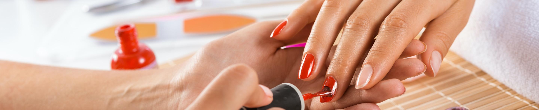 Manicure hybrydowy Września